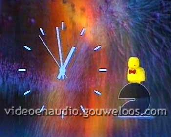 Nederland 2 - Klok met Kuikentje (1995).jpg