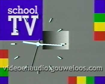 School TV Pauze Klok (2 versies) (1986) 02.jpg
