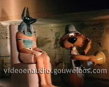 Loeki - Egyptische God Niest (1997).jpg