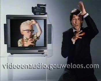 Sony Video 8 - Ron of Uw Kinderen op TV (Ron Brandsteder) (1988).jpg