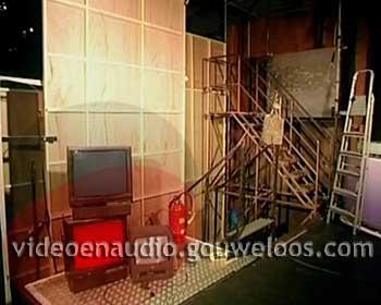 MTV - Black Red Yellow Leader (01) (2006) (WK2006).jpg
