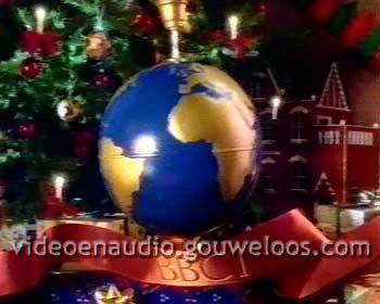 BBC1 - Wereldbol & Kerstboom (199x).jpg