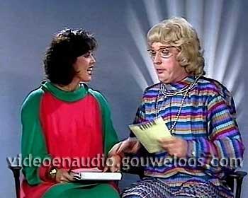 TROS - Marlot Bloemhart en Andre van Duin (1985).jpg