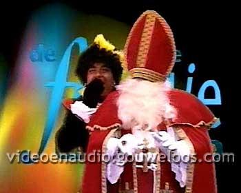 TROS - Grootste Familie Leader (Sinterklaas en Zwarte Piet) (1995).jpg