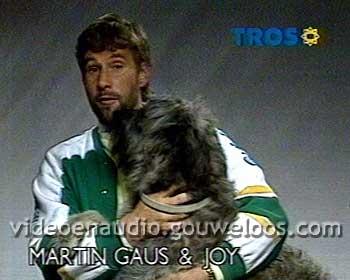 TROS - Martin Gaus Omroeper (met Hond) (19860125).jpg