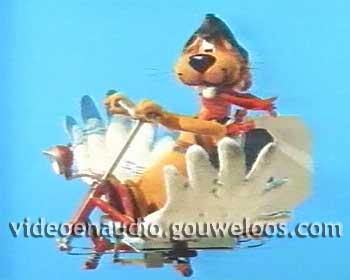 Loeki - Fladdermobiel Intro (1990).jpg