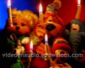 Loeki - Kerst Intro (Samen Zingen) (19951226).jpg