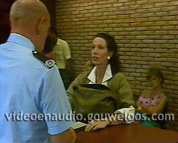 Zeg ns Aaa... (19851211) - Het Rijbewijs van Lydie is Verlopen.jpg