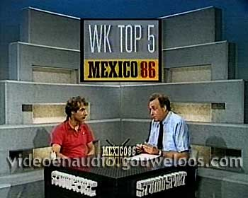 Studio Sport - Mart Smeets met Tom van het Hek in de Rust Wedstrijd Mexico 86 (1986).jpg