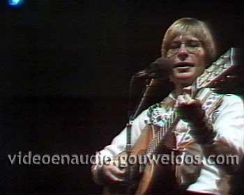 John Denver in Amsterdam (19790426).jpg
