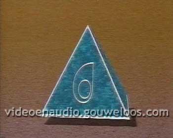 BRT - Piramide Leader (1985).jpg