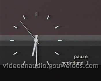 Nederland 1 - Klok (1984).jpg