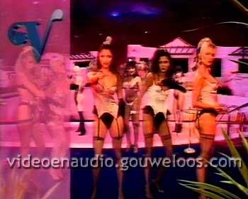 Pin-Up Club (19900822).jpg