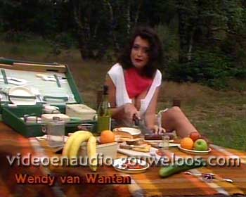 Pin-Up Club (19900905) - Wendy van Wanten.jpg