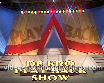 Play-back Show (19850402) 01.jpg