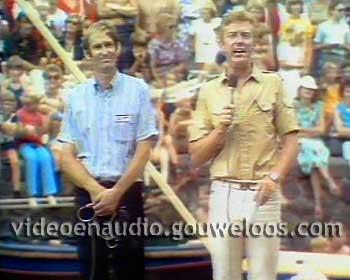 Te Land, Ter Zee en in de Lucht (19780815) - Badkuipenrace 01.jpg