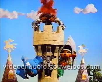 Loeki - Zwaaien in Toren Outro (1999).jpg