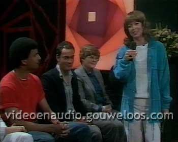 VARA - Sonja op Maandag Promo (Ruud Gullit Fragment 1982) (19870525).jpg